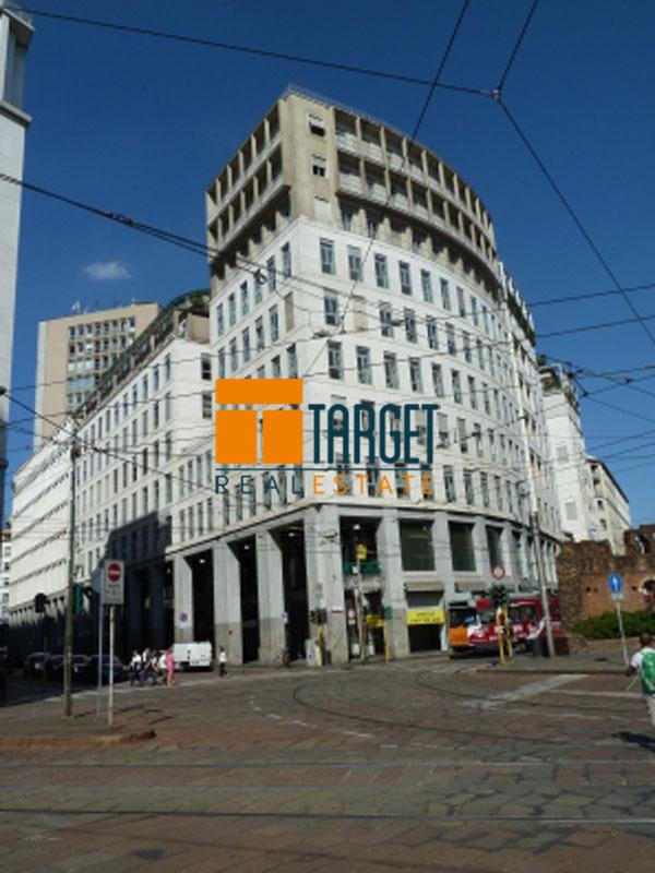 Affitto ufficio milano 20123 piazza diaz for Uffici in affitto milano