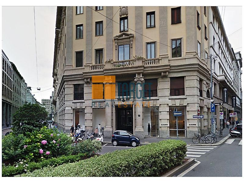 Affitto show room milano centro 20121 via verri for Uffici in affitto milano